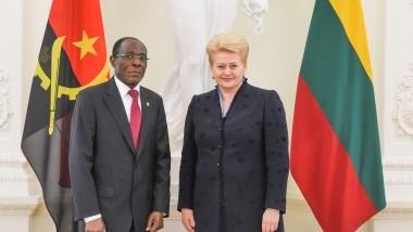 Prezidentė priima Angolos ambasadoriaus skiriamuosius raštus